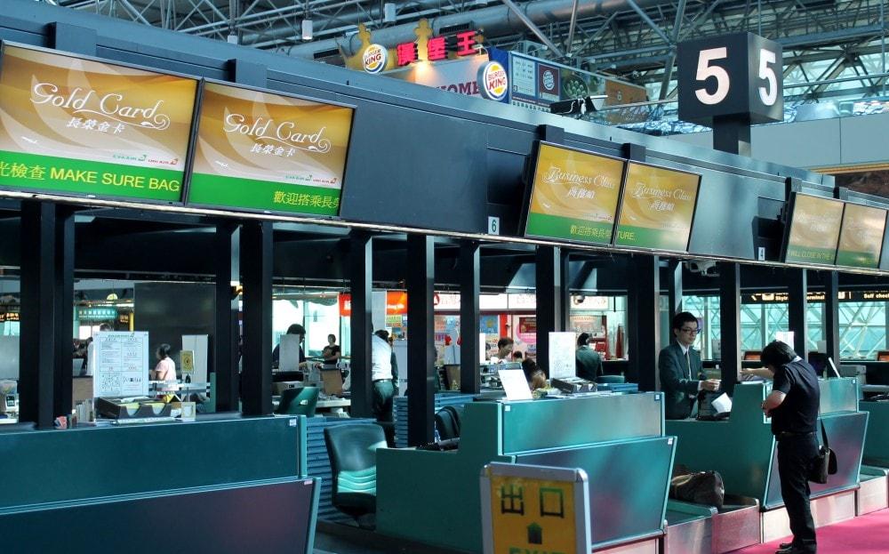 Phí hành lý Eva Air quá cước được áp dụng riêng cho từng khu vực