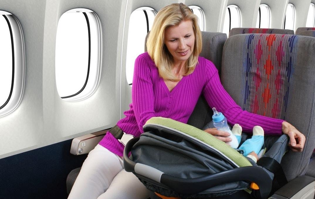 Các đồ vật được phép mang theo cho trẻ sơ sinh trên chuyến bay