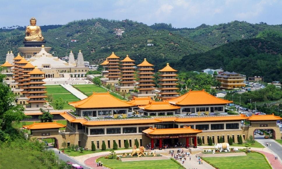 Tượng Phật Quang Sơn